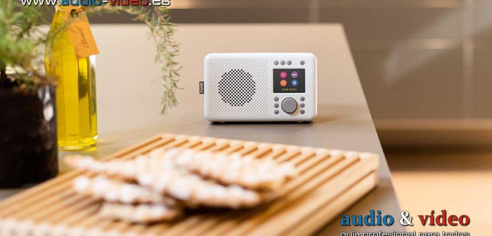 PURE ha creado radios DAB portátiles: Elan Connect+ Stone Grey y White